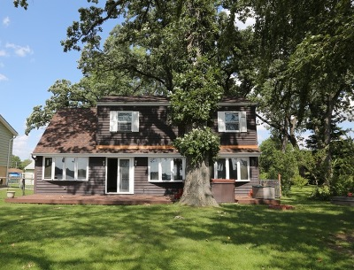 McHenry IL Single Family Home New: $199,900