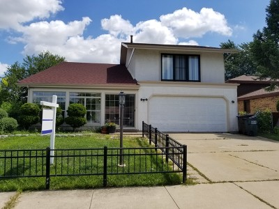 Oak Forest IL Single Family Home For Sale: $270,000