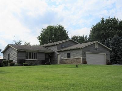 Marengo Single Family Home New: 807 Blackhawk Lane