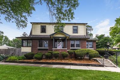 Oak Park Single Family Home Contingent: 1015 North Ridgeland Avenue