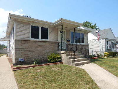 Lansing Single Family Home For Sale: 17952 Glen Oak Avenue