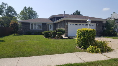 Oak Forest IL Single Family Home New: $184,900