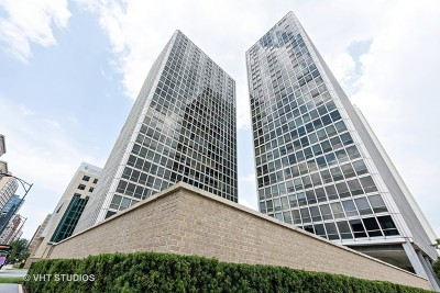 Cook County Condo/Townhouse For Sale: 340 West Diversey Parkway #1020