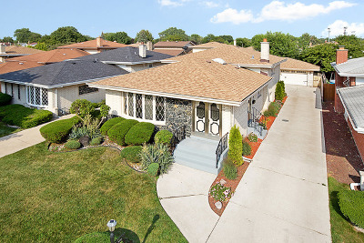 Evergreen Park Single Family Home New: 8929 South Sacramento Avenue