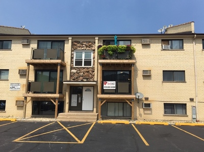 Chicago Condo/Townhouse New: 5101 North East River Road #2D-SEC2
