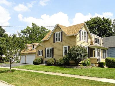 Batavia Single Family Home For Sale: 537 McKee Street