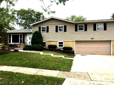 Oak Forest IL Single Family Home New: $269,900
