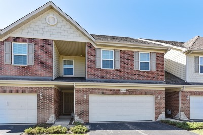 Burr Ridge Condo/Townhouse New: 10s449 Carrington Circle