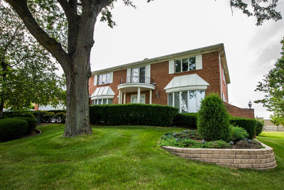 Oak Brook Single Family Home New: 19w084 Avenue Chateaux North