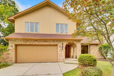 Lisle Single Family Home For Sale: 2521 White Oak Lane