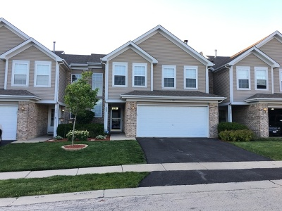 Roselle Condo/Townhouse Contingent: 1524 Chatfield Court