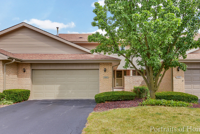 Orland Park Condo/Townhouse Contingent: 7604 West 158th Court