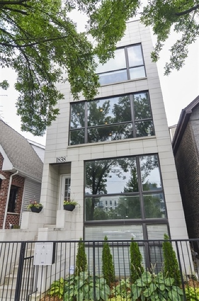 Cook County Condo/Townhouse Contingent: 1838 West Rice Street #2