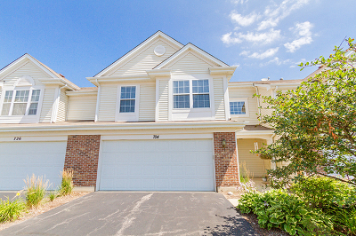 Pingree Grove Condo/Townhouse For Sale: 724 Lancaster Drive
