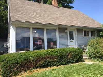 Wheaton Single Family Home For Sale: 1517 East Roosevelt Road
