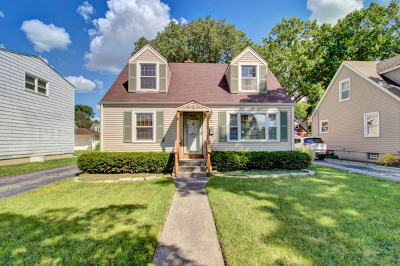 Elmhurst Single Family Home For Sale: 997 South Spring Road