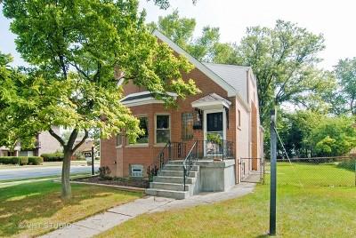 Brookfield Single Family Home For Sale: 3101 Sunnyside Avenue