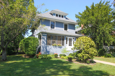 Oak Park Single Family Home Contingent: 729 North Grove Avenue