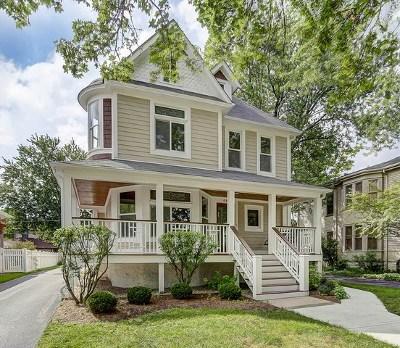 La Grange Single Family Home For Sale: 46 North Madison Avenue