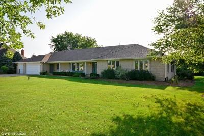 Batavia Single Family Home For Sale: 2s853 Meadowview Road