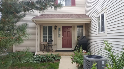 Fox Lake Condo/Townhouse Contingent: 612 Windsor Drive