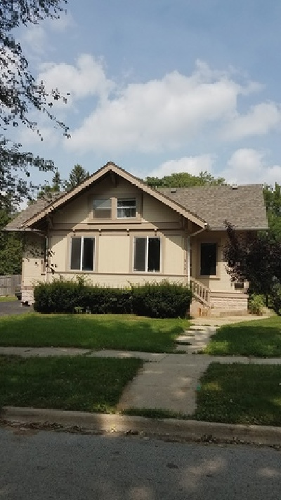 West Chicago  Single Family Home For Sale: 313 East Stimmel Street