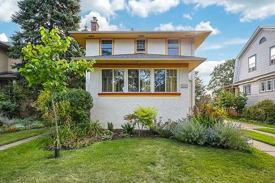 Oak Park Single Family Home For Sale: 830 North Elmwood Avenue
