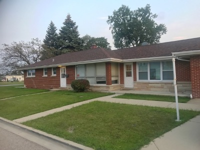 Melrose Park Single Family Home For Sale: 1546 North Roberta Avenue