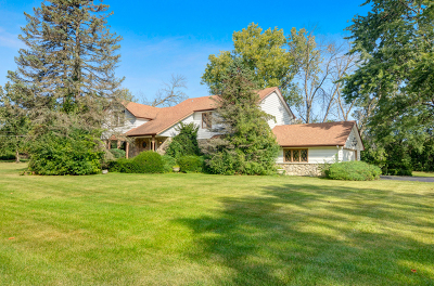 Oak Brook Single Family Home Contingent: 408 Canterberry Lane