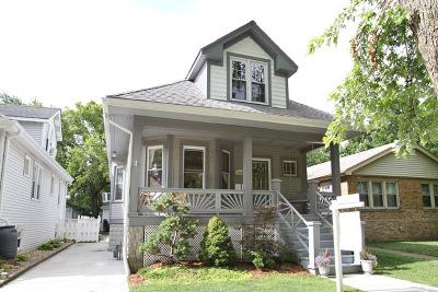 Brookfield Multi Family Home For Sale: 9439 Congress Park Avenue