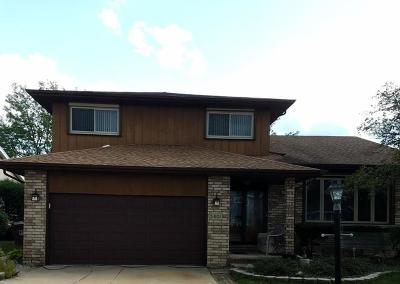 Oak Forest Single Family Home For Sale: 5401 Jessica Drive