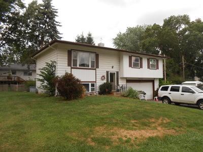 Johnsburg Single Family Home For Sale: 1322 Bayview Lane
