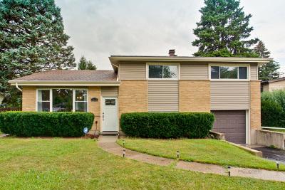 Mount Prospect Single Family Home For Sale: 1428 North Burning Bush Lane