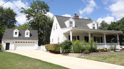 Glen Ellyn Single Family Home For Sale: 274 Newton Avenue