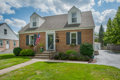 Lombard Single Family Home Contingent: 219 West Potomac Avenue