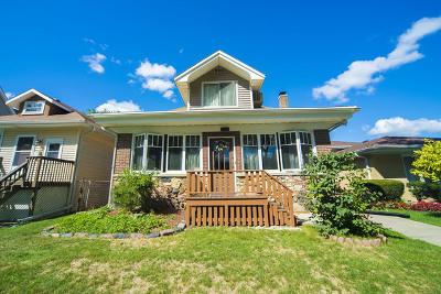 Brookfield Single Family Home For Sale: 4128 Arthur Avenue