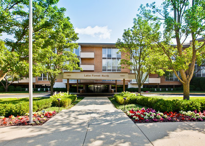 Lake Forest Condo/Townhouse For Sale: 1301 North Western Avenue #101