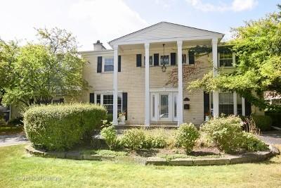 Mount Prospect Single Family Home For Sale: 207 West Hiawatha Trail