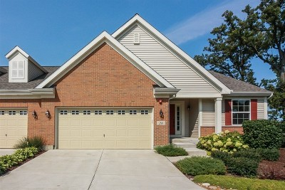 Streamwood Condo/Townhouse For Sale: 26 Tall Grass Court