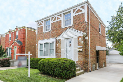 Brookfield Single Family Home Contingent: 4124 Elm Avenue