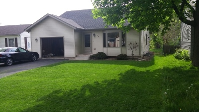 Crystal Lake Single Family Home For Sale: 74 Barberry Drive