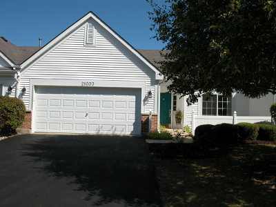 Plainfield Condo/Townhouse Contingent: 21003 West Braxton Lane