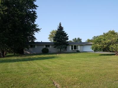 Crystal Lake Single Family Home For Sale: 9612 Beech Avenue