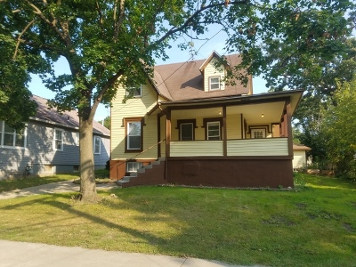 Elgin Multi Family Home For Sale: 632 Linden Avenue