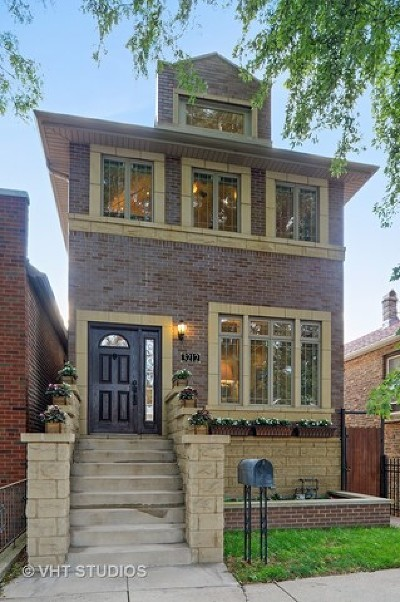 Chicago Single Family Home For Sale: 3212 South Throop Street