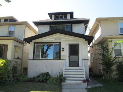 Oak Park Single Family Home Contingent: 1113 South Harvey Avenue