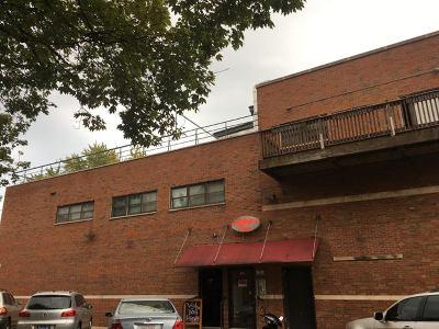Chicago Rental For Rent: 3205 North Leavitt Street #4