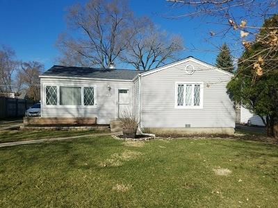 Lombard Single Family Home Contingent: 630 North Vista Avenue