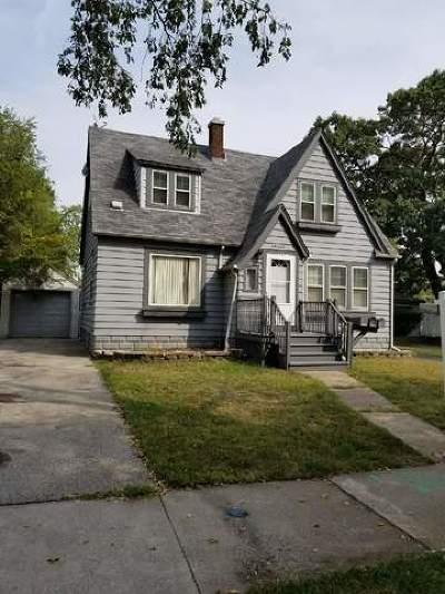 Lansing  Single Family Home For Sale: 18231 Oakwood Avenue