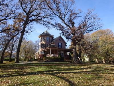 Geneva IL Single Family Home For Sale: $899,800
